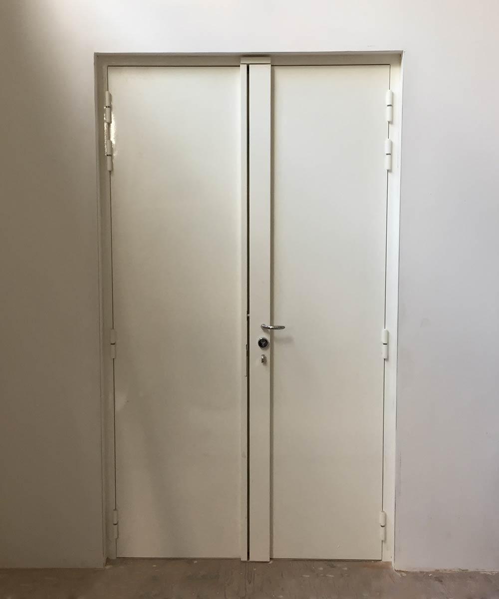 Blindage d'une porte à double battant par votre serrurier Lyon